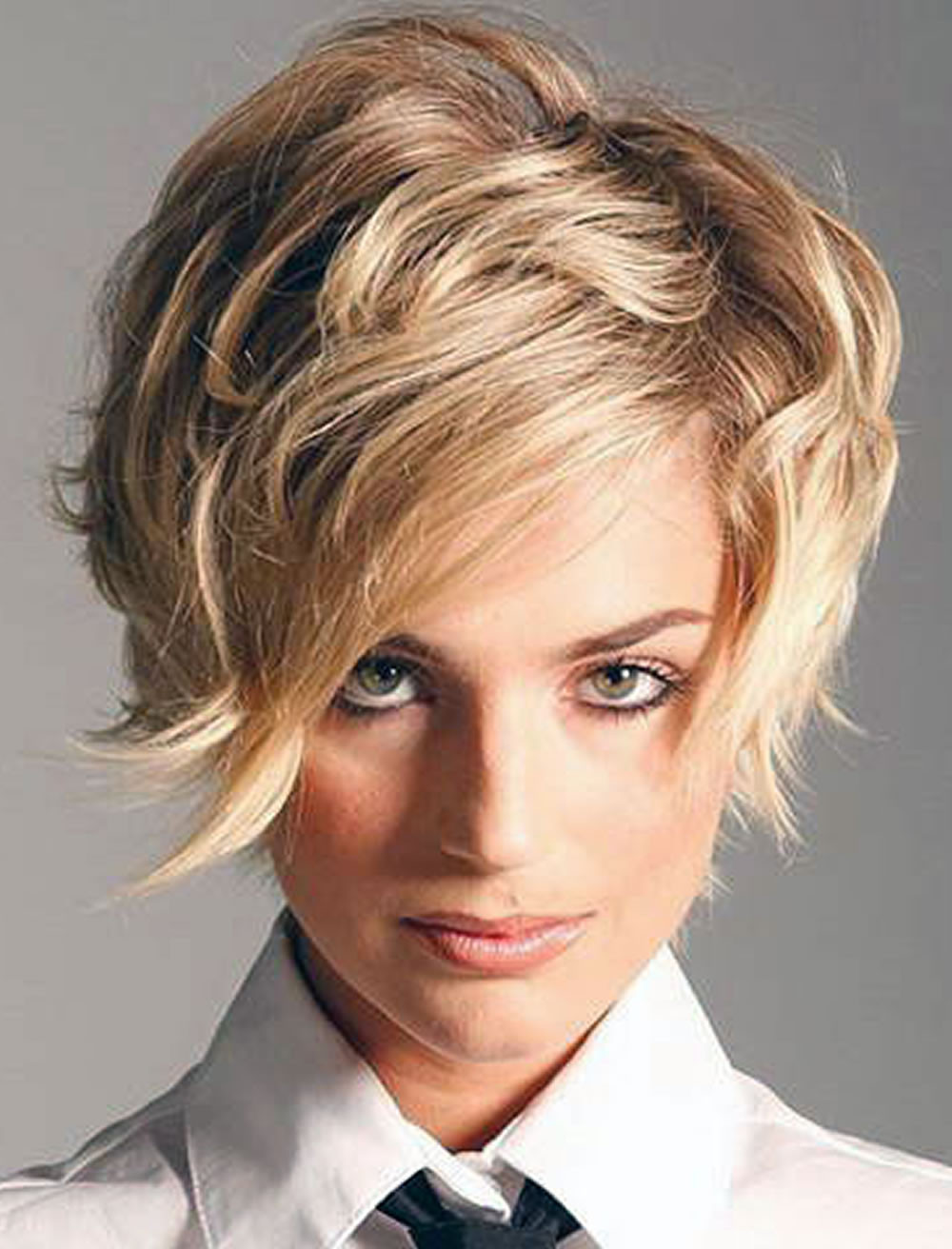 Short Hairstyles For Thick Hair 2019  30 Amazing Short Hair Haircuts for Girls 2018 2019 – Page