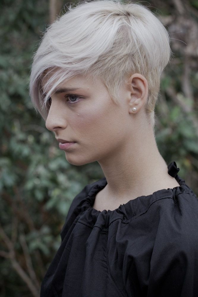 Short Hairstyles With Shaved Sides  22 Short Hairstyles for Thin Hair Women Hairstyle Ideas