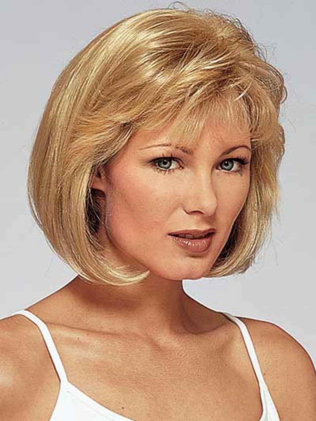 Short Length Haircuts  20 Fabulous Hairstyles For Medium And Shoulder length Hair