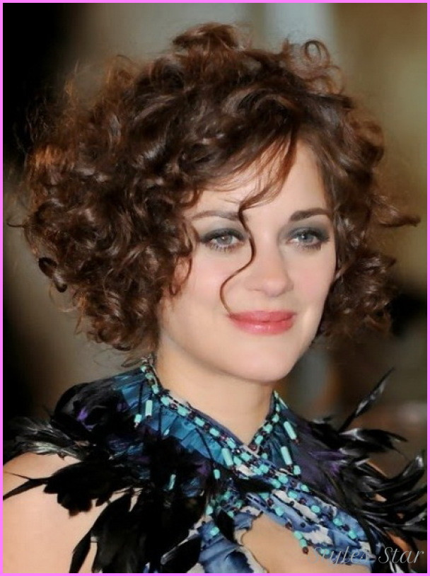 Short Naturally Curly Hairstyles  Short hairstyles naturally curly StylesStar