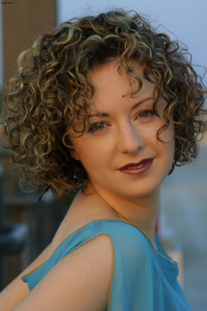 Short Naturally Curly Hairstyles  Short Natural Curly Hairstyles 2013