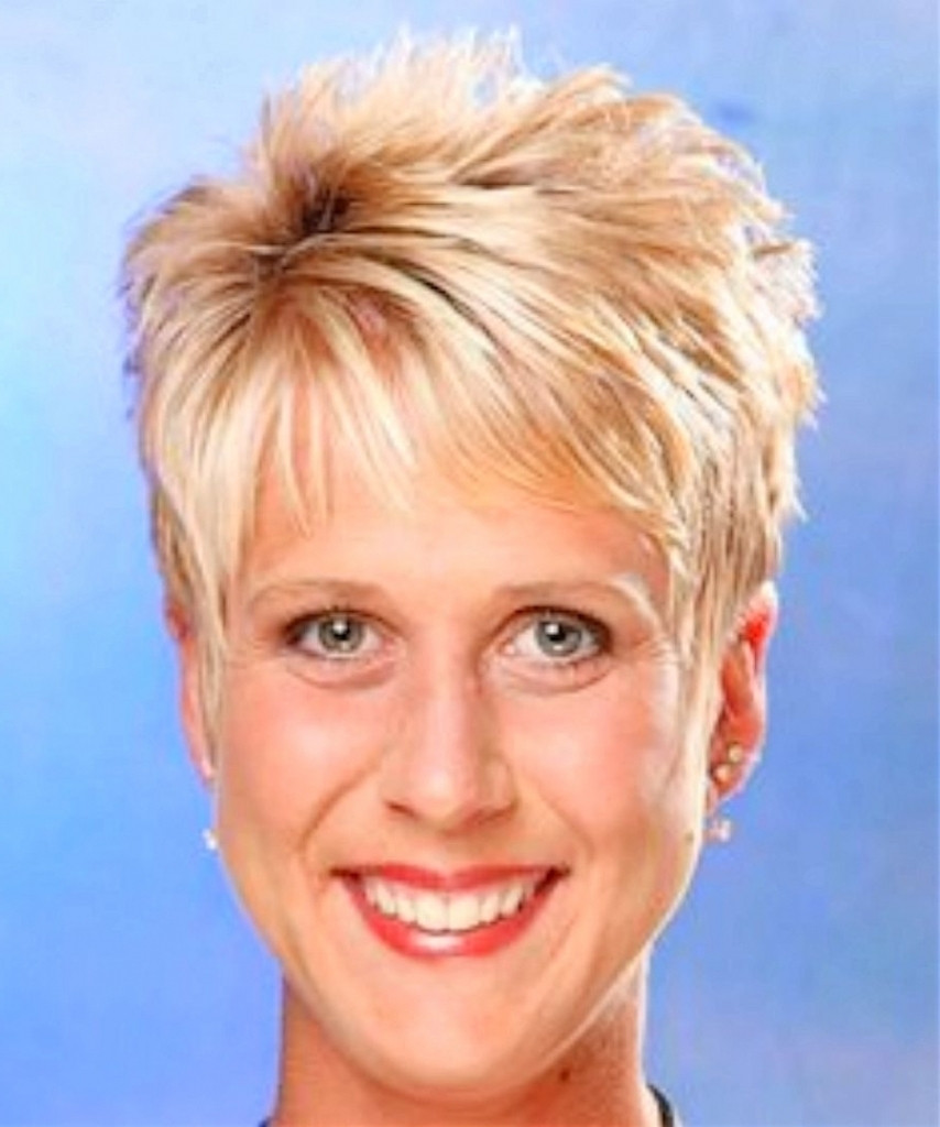 Short Pixie Haircuts For Over 60  Top 15 of Pixie Hairstyles For Over 60