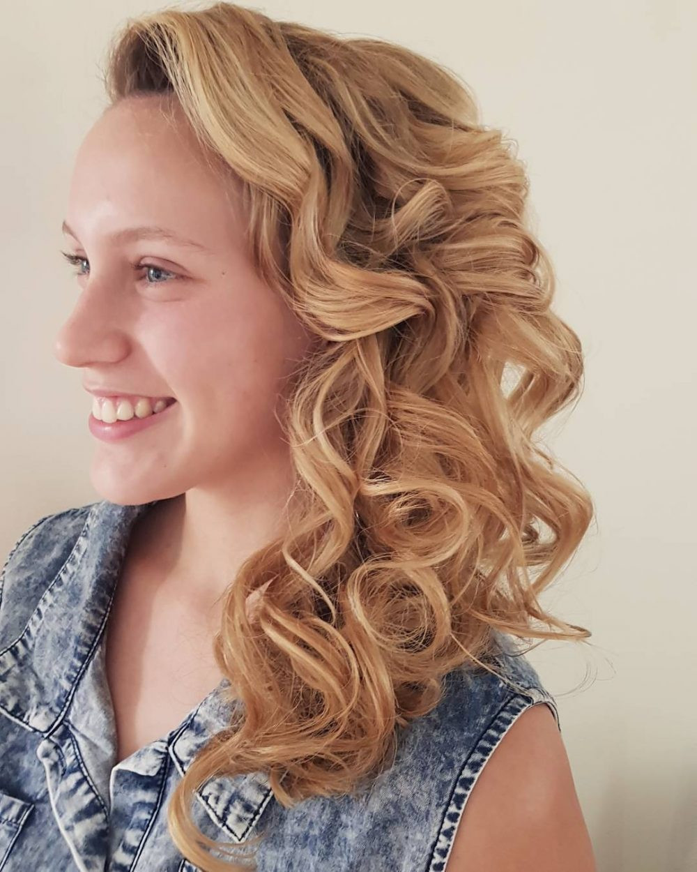 Side Hairstyles For Prom  Side Hairstyles for Prom Gorgeous Side Prom Hairstyles