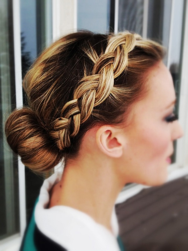 Simple Bridesmaid Hairstyles  Simple yet Sophisticated Wedding Hairstyles for Bridesmaids
