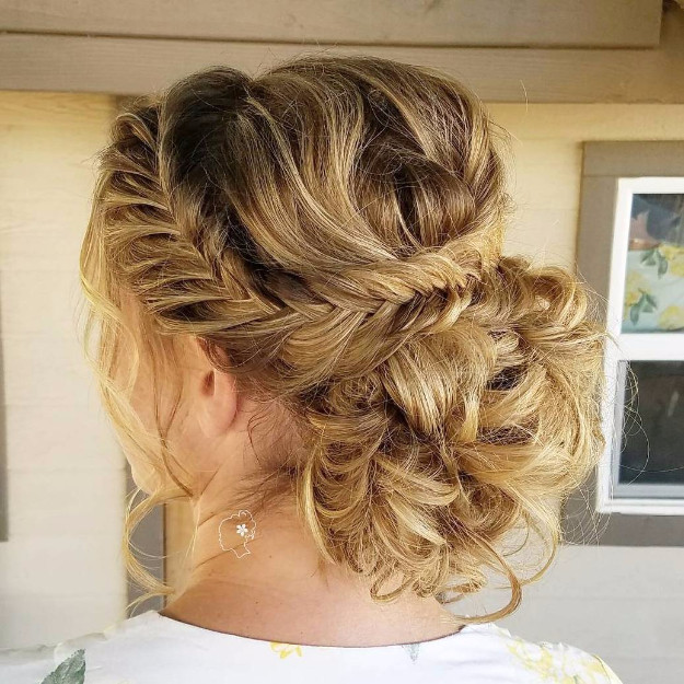 Simple Bridesmaid Hairstyles  24 Beautiful Bridesmaid Hairstyles For Any Wedding The