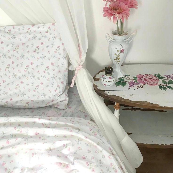 Best ideas about Simply Shabby Chic Sheet . Save or Pin Simply Shabby Chic Sheet Ditsy Patchwork Quilt Tar Bed Now.