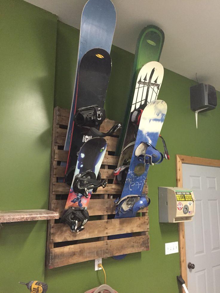 Skateboard Rack DIY  Best 25 Skateboard rack ideas on Pinterest