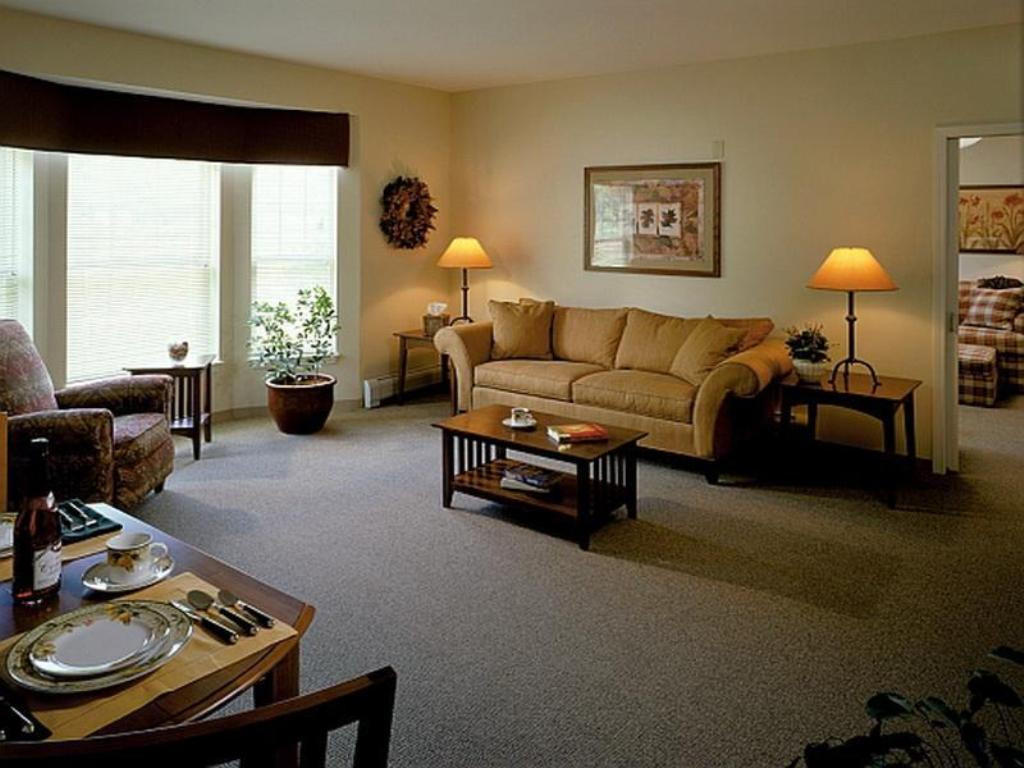 Best ideas about Small Apartment Living Room . Save or Pin Small Apartment Living Room Ideas For College Kids Now.