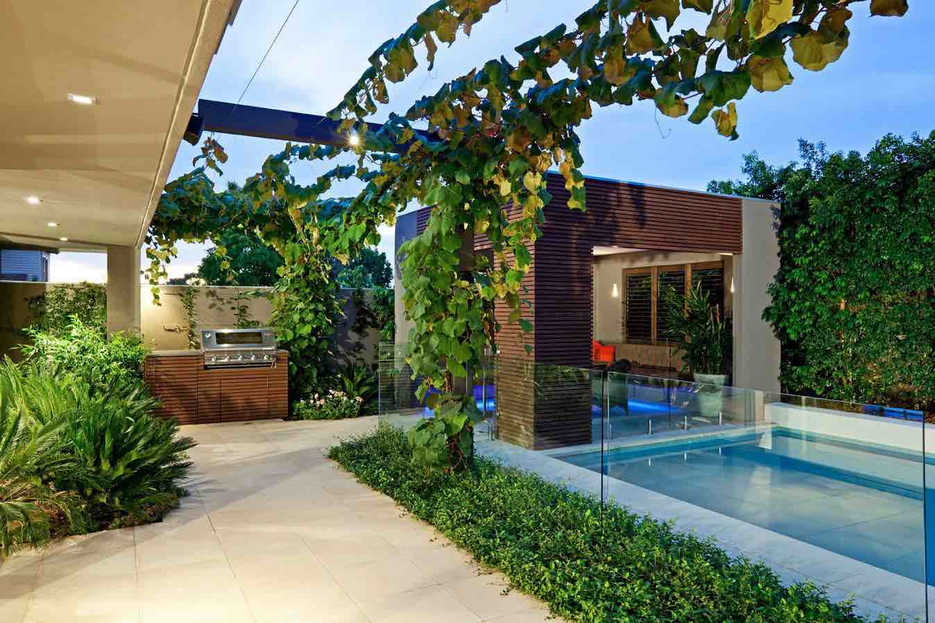 Best ideas about Small Backyard Design . Save or Pin 41 Backyard Design Ideas For Small Yards Now.