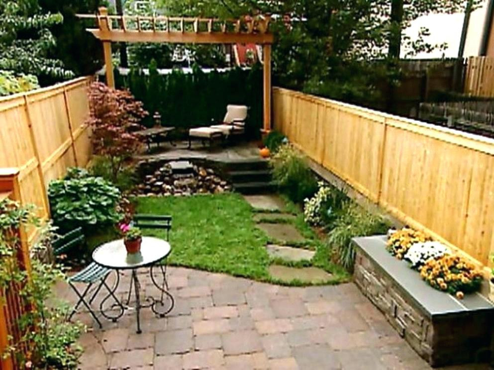 Best ideas about Small Backyard Ideas On A Budget . Save or Pin Small Yard Ideas Backyard Design Ideas For Small Yards Now.