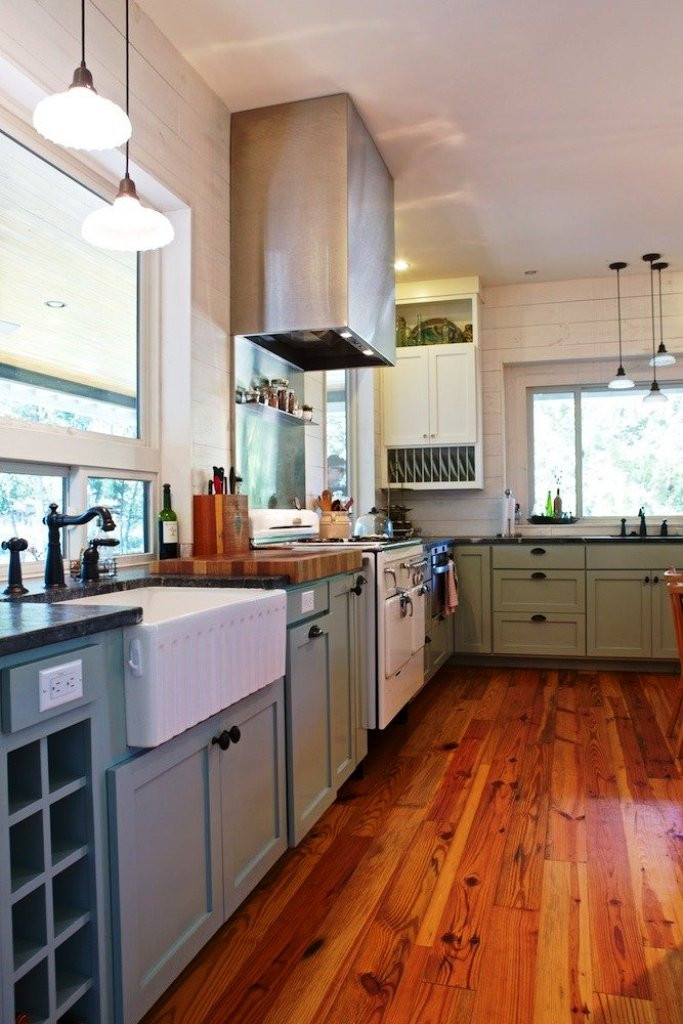 Best ideas about Small Farmhouse Kitchen Ideas . Save or Pin 25 Awesome Farmhouse Kitchen Design And Ideas To Try Now.