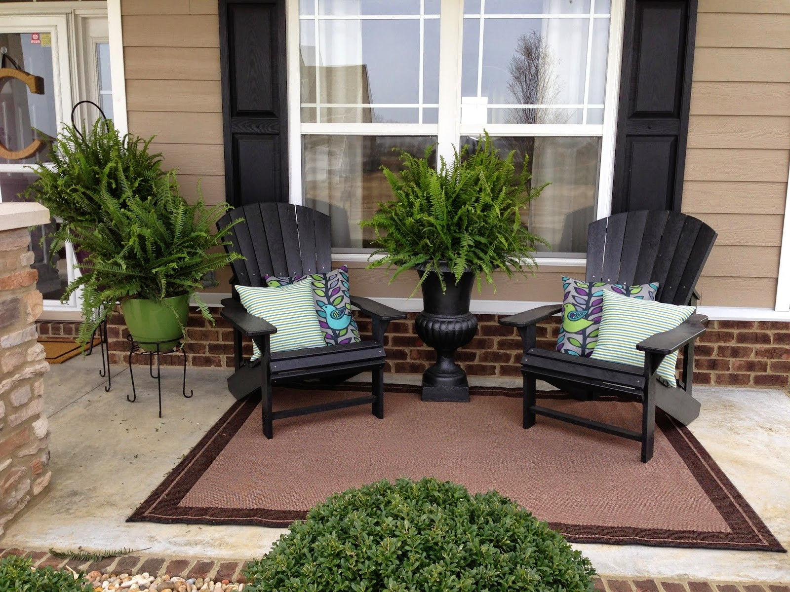 Best ideas about Small Front Porch Furniture Ideas . Save or Pin Small Front Porch Furniture Ideas Now.