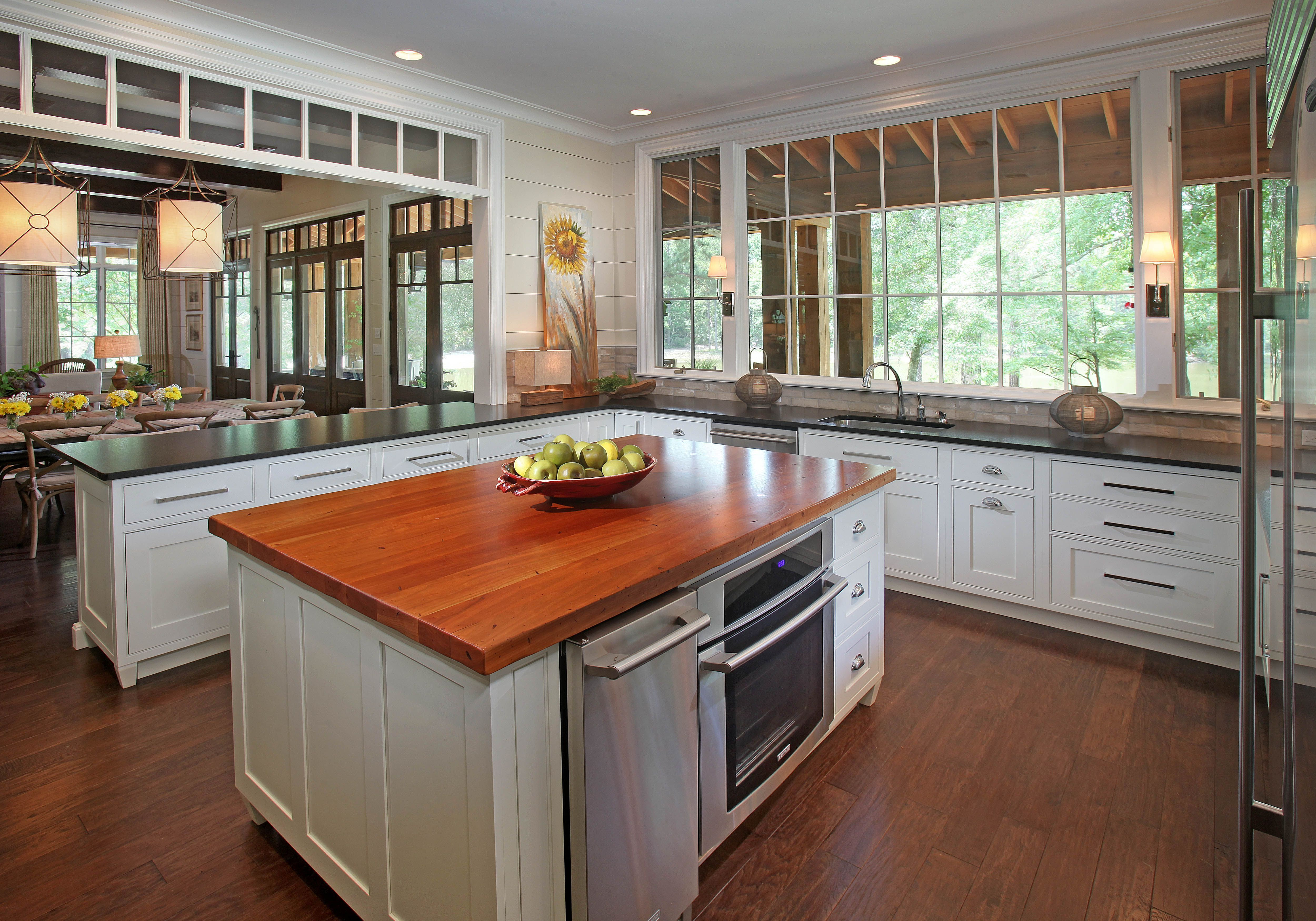 Best ideas about Small Kitchen Ideas With Islands . Save or Pin Islas de cocina Now.