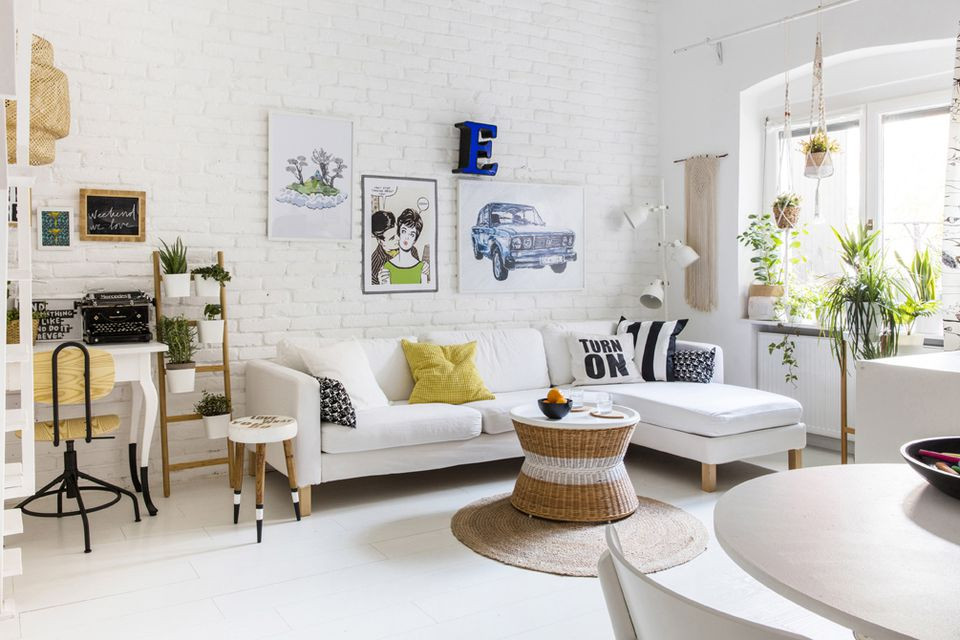 Best ideas about Small Living Room . Save or Pin How to Decorate a Small Living Room Now.