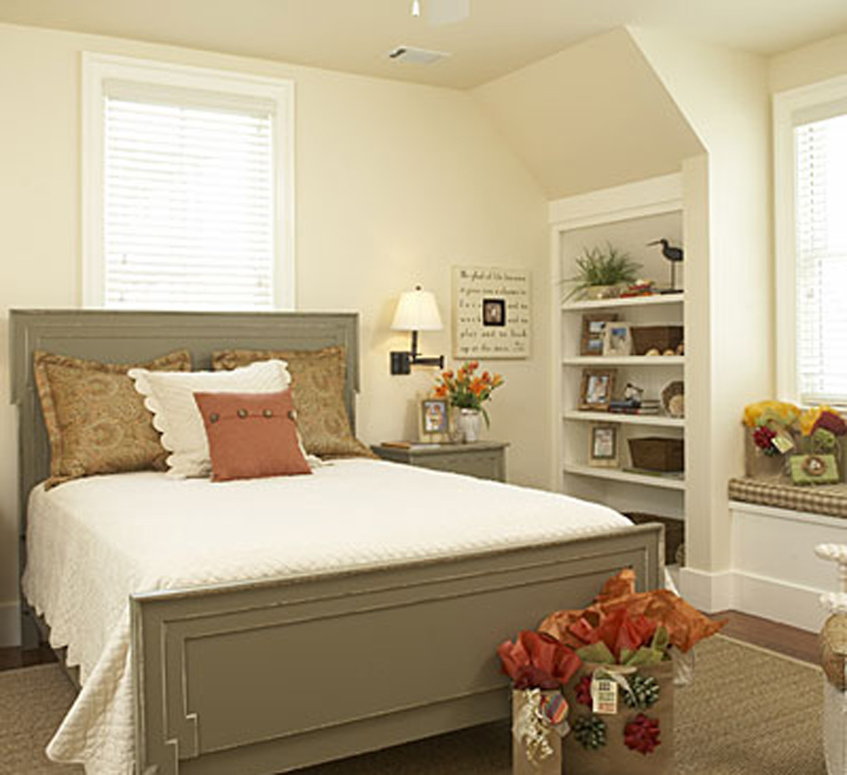 Best ideas about Small Office Guest Room Ideas . Save or Pin fice bedroom ideas office interior ideas modern office Now.