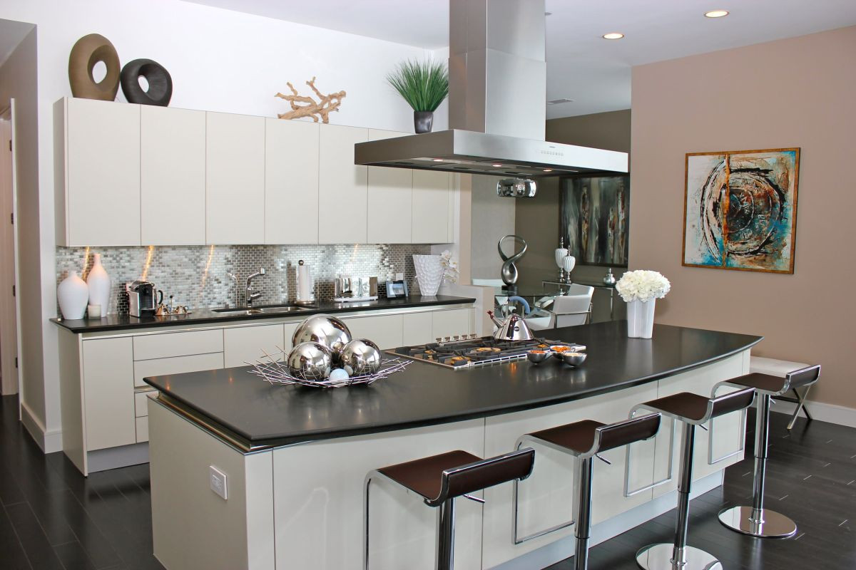 Best ideas about Stainless Steel Kitchen Decor . Save or Pin How To Make The Most Stainless Steel Backsplashes Now.