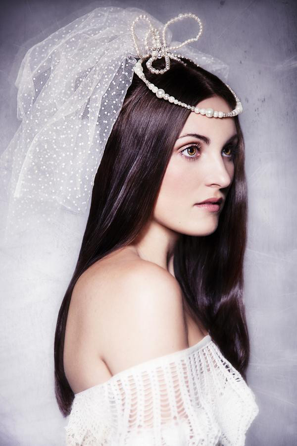 Straight Wedding Hairstyle  Top Wedding Hairstyle Trends for 2013