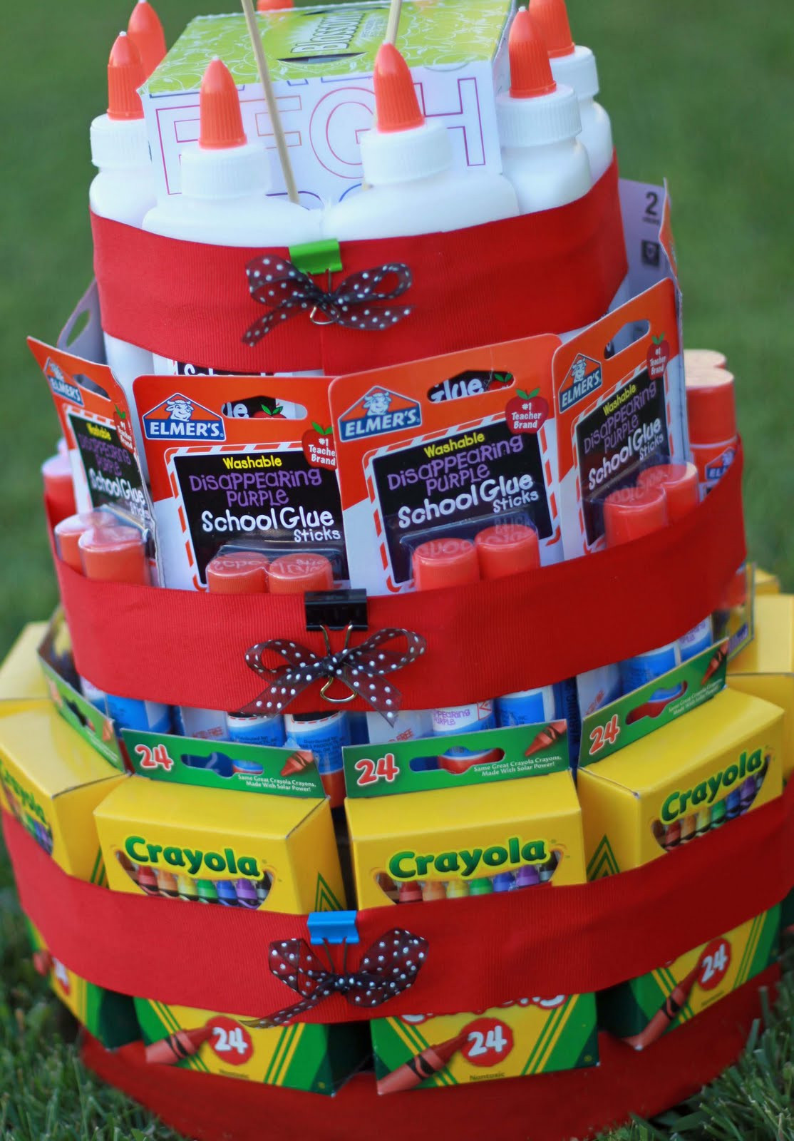 Best ideas about Teacher Gift Basket Ideas . Save or Pin Teacher Gifts Teachers Gift New Teachers Teachers Now.
