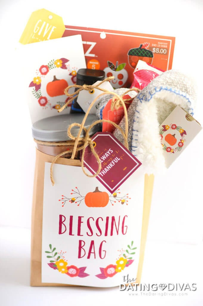 Thanksgiving Gift Ideas For Teachers  8 Quick & Simple Thanksgiving Teacher Gifts