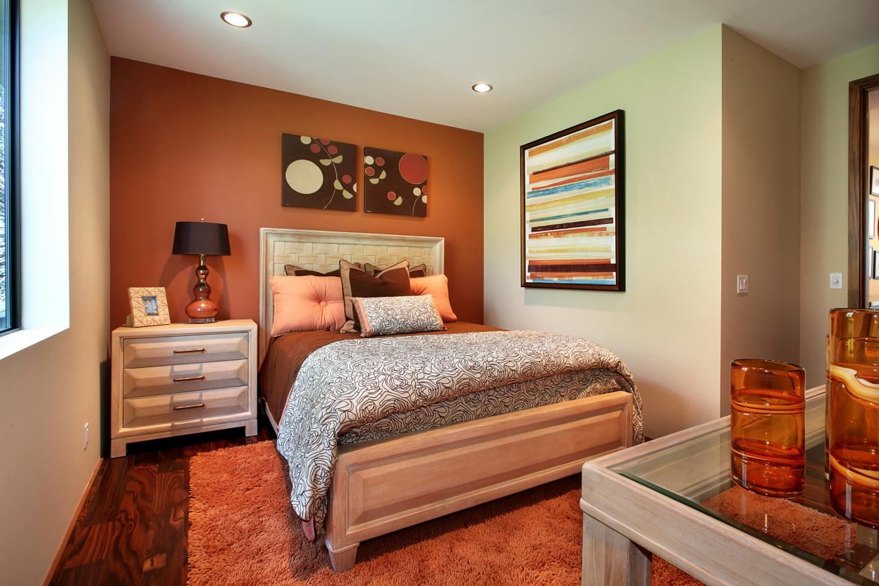 Best ideas about Two Accent Walls . Save or Pin Smart Way to Decorating Accent Walls in Bedroom Sky Blue Now.