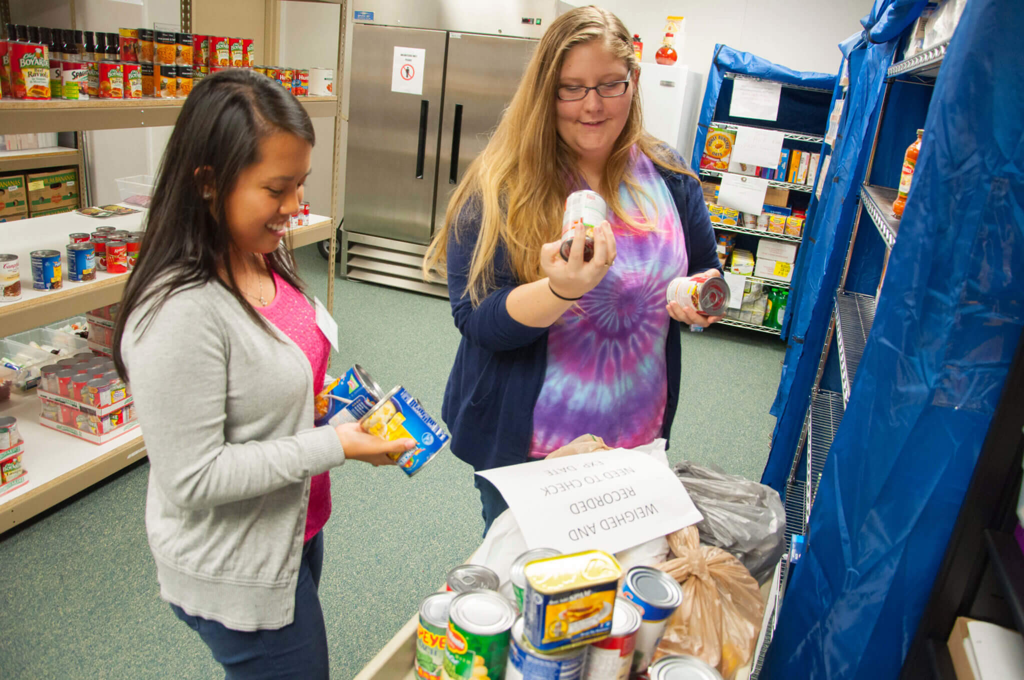 Best ideas about Uf Food Pantry . Save or Pin Feeding those in need Students volunteer at the Campus Now.