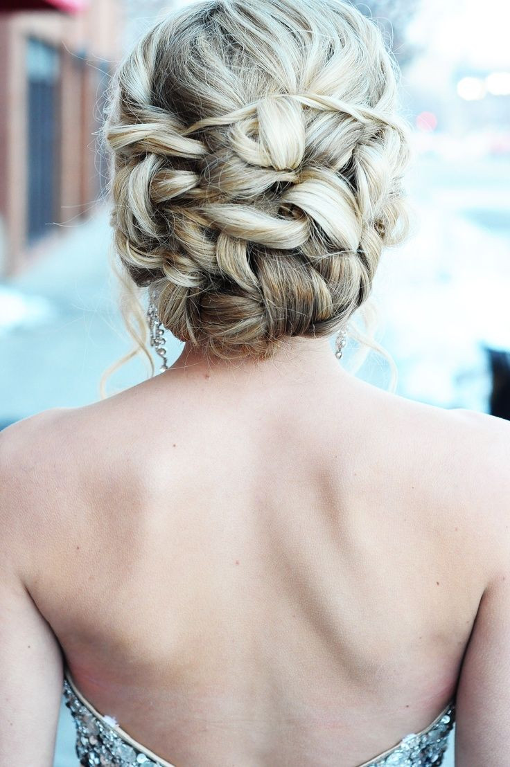 Updo Prom Hairstyles  2015 Prom Updos 15 – Styles That Work For Teens