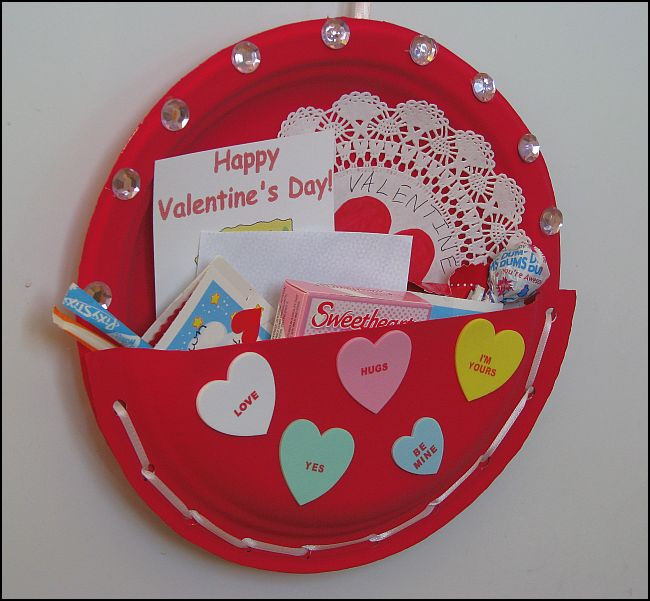 Best ideas about Valentine Crafts For Preschoolers Pinterest . Save or Pin Valentines Day Projects for Preschoolers Now.