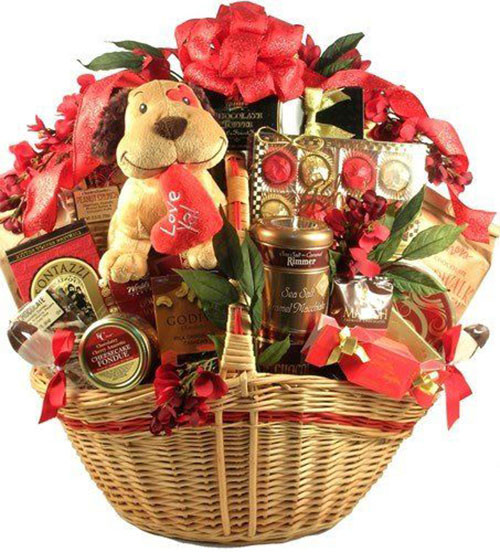 Valentine Day Gift Baskets Ideas  15 Valentine s Day Gift Basket Ideas For Husbands Wife