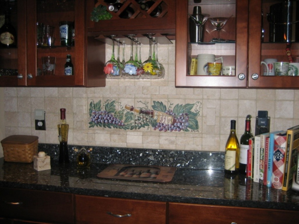 Best ideas about Vineyard Kitchen Decor . Save or Pin Parisian Wine Kitchen Décor with Nice Lighting and Writing Now.