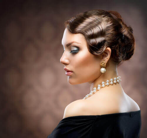 Vintage Updo Hairstyle  31 Vintage Hairstyles That Are Totally Hot Right Now