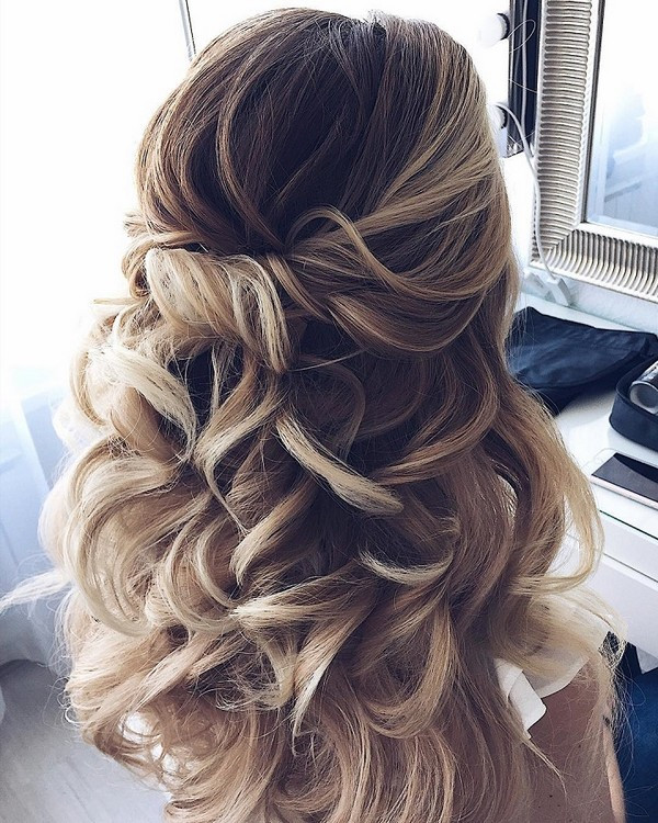 Wedding Hairstyles Half Up  15 Chic Half Up Half Down Wedding Hairstyles for Long Hair