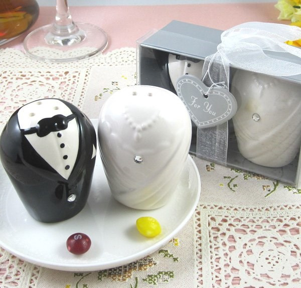 Best ideas about Wedding Reception Gift Ideas . Save or Pin Wonderful Wedding Gift Ideas Most People Don't Think Now.