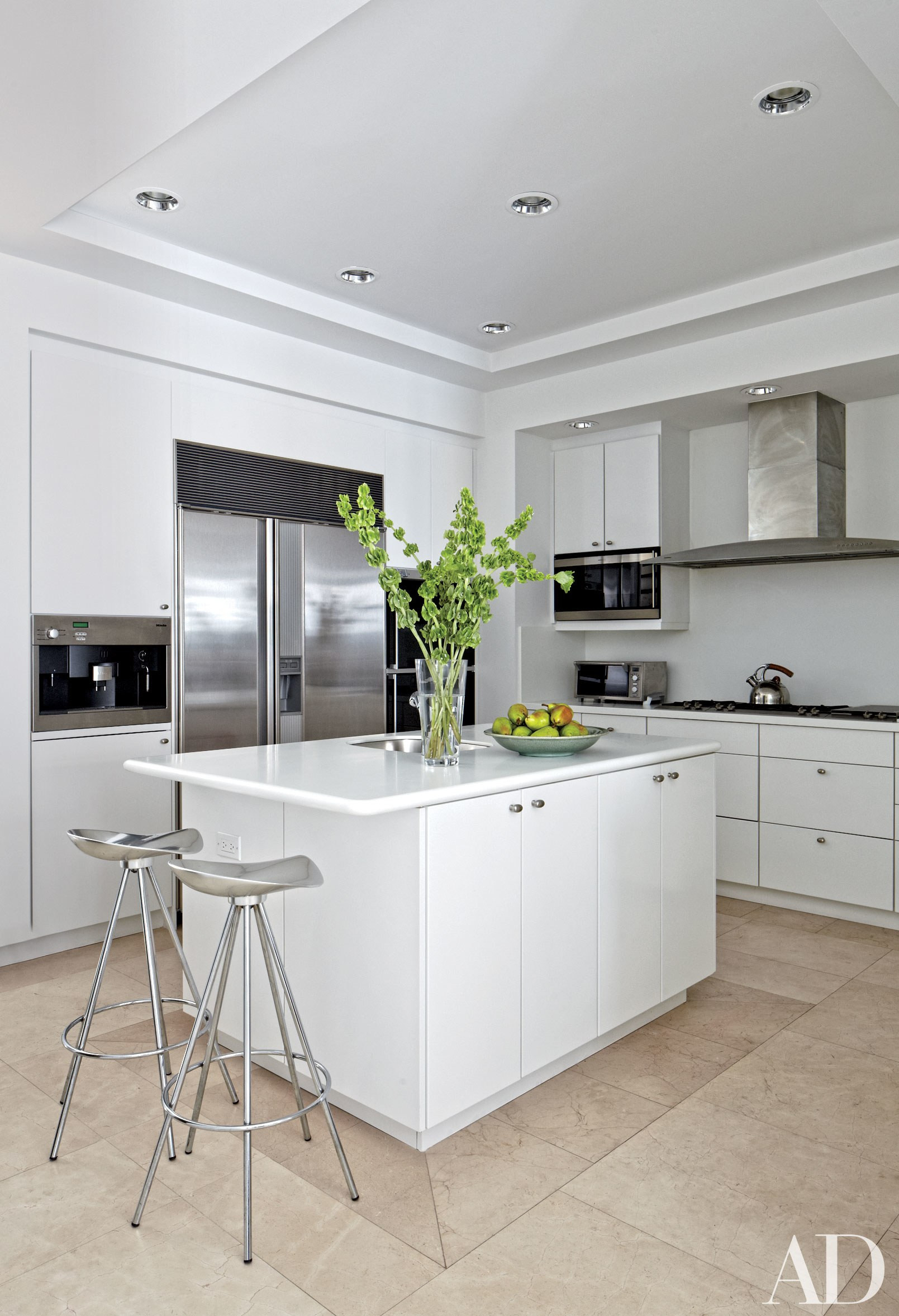 Best ideas about White Kitchen Decor . Save or Pin White Kitchens Design Ideas s Now.