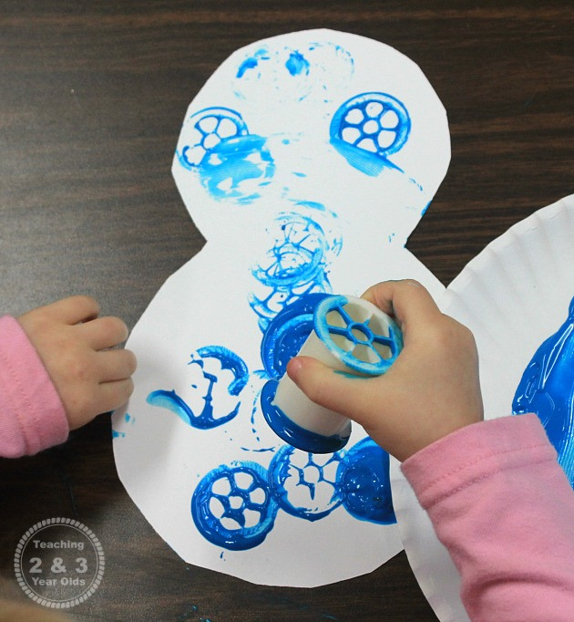 Best ideas about Winter Art Projects For Preschoolers . Save or Pin Easy Winter Snowman Art for Toddlers Now.