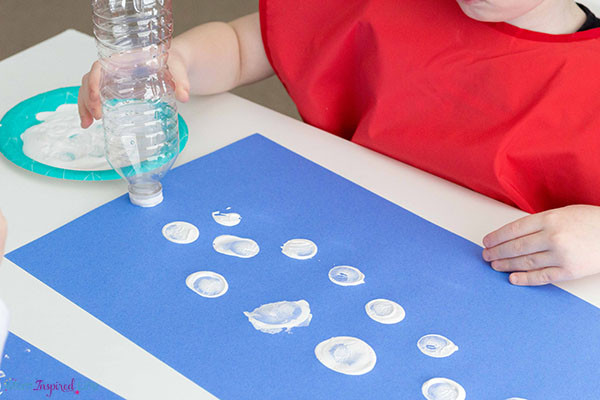 Best ideas about Winter Art Projects For Preschoolers . Save or Pin Winter Art Project for Kids Snowball Painting Now.