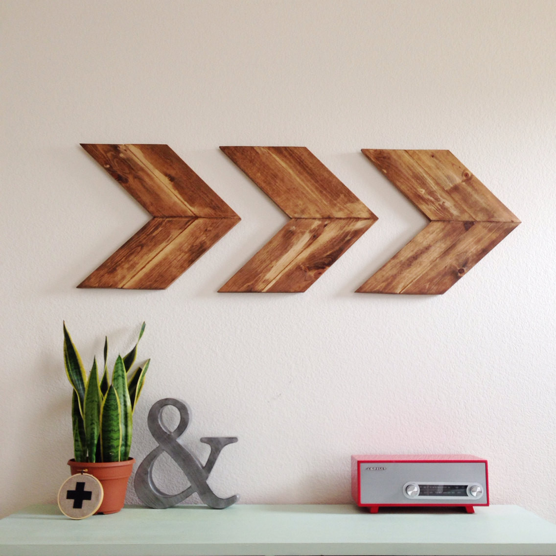 Best ideas about Wood Wall Art . Save or Pin 15 Striking Ways to Decorate with Arrows Now.