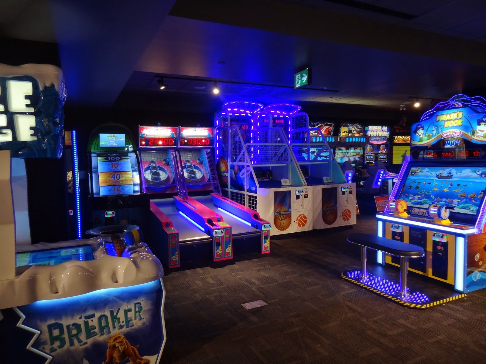 Best ideas about Arcade Game Room . Save or Pin Elegant Simple Arcade Room Ideas Now.
