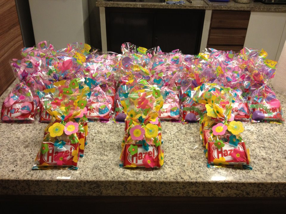 Best ideas about Birthday Gift Bag Ideas . Save or Pin 58 Cheap Goo Bag Ideas For Adults 18 Cool Party Favour Now.