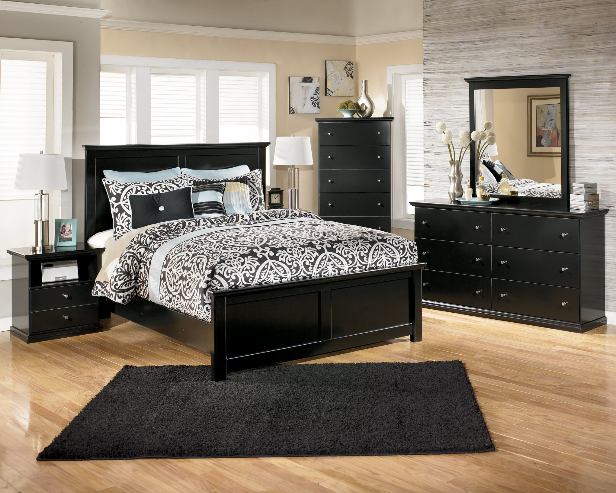 Best ideas about Black Bedroom Set . Save or Pin Making an amazing bed room with black bedroom furniture Now.