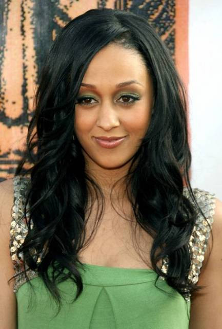 Best ideas about Black Hairstyles For Medium Length Hair . Save or Pin Medium Length Wavy Hairstyles – CircleTrest Now.