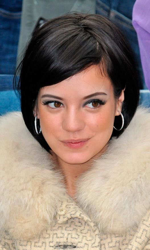 Best ideas about Bob Hairstyles With Side Bangs . Save or Pin Short Bob Hairstyles Now.