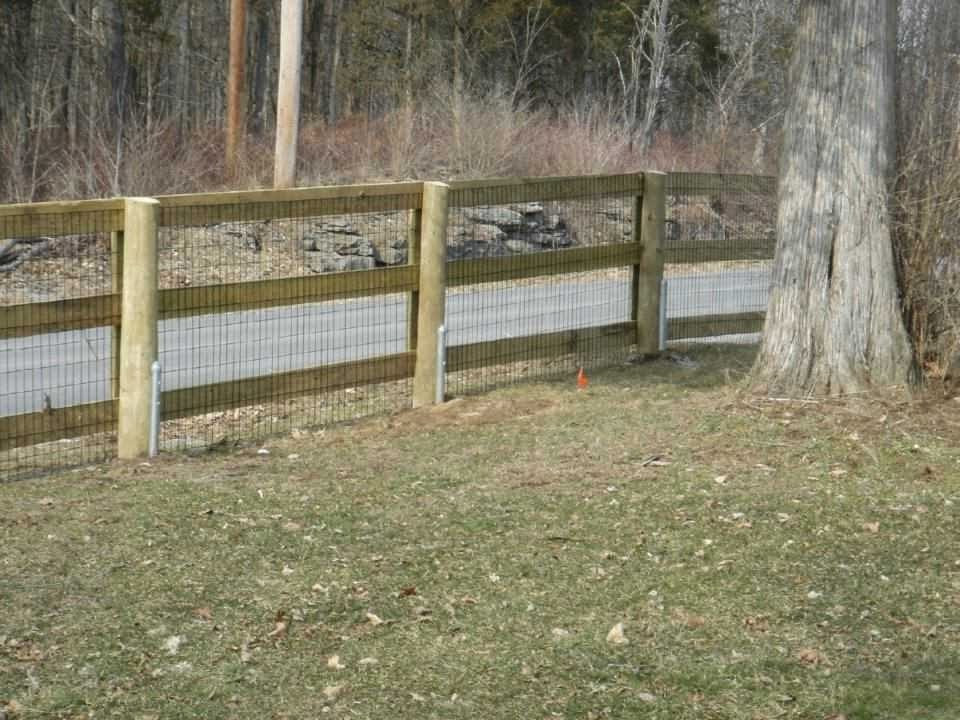 Best ideas about Cheap DIY Fencing For Dogs . Save or Pin Dog Fences Outdoor DIY To Keep Your Dogs Secure Now.