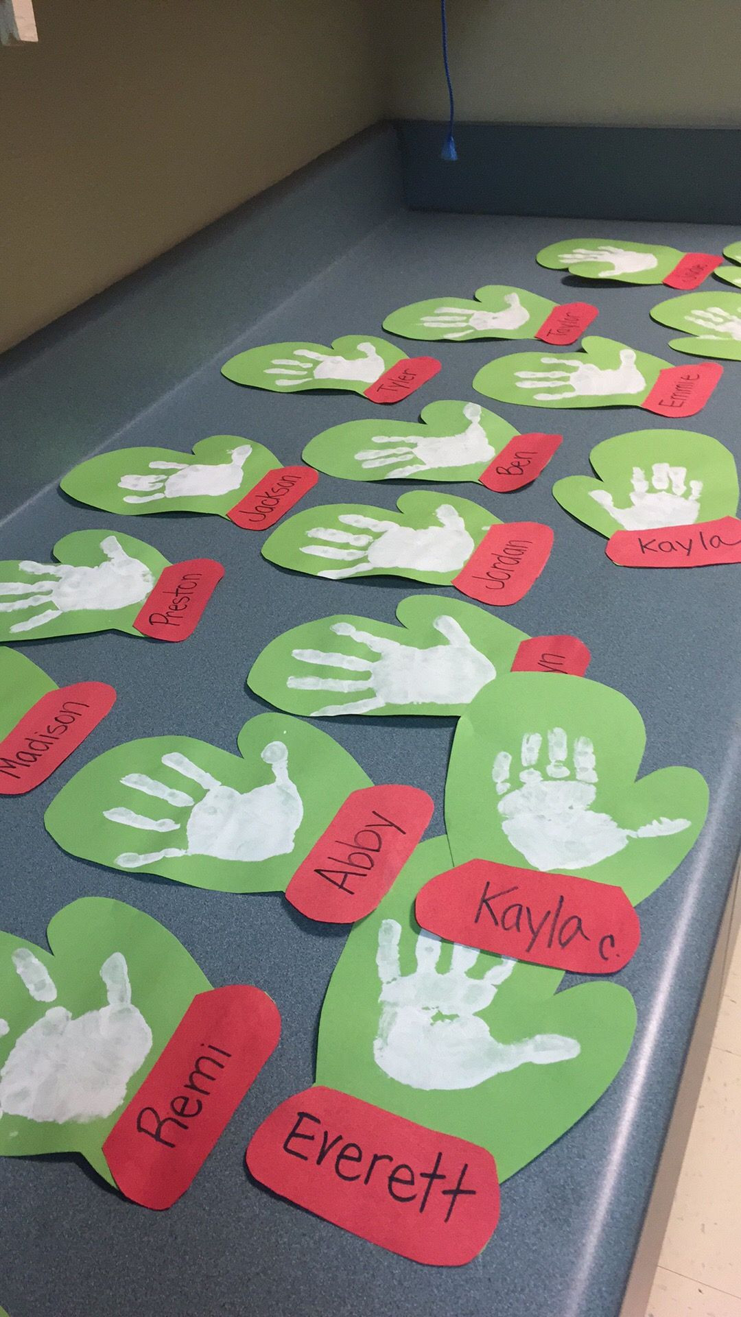 Best ideas about Christmas Projects For Preschoolers . Save or Pin 23 Cute and Fun Handprint and Footprint Crafts for Kids Now.