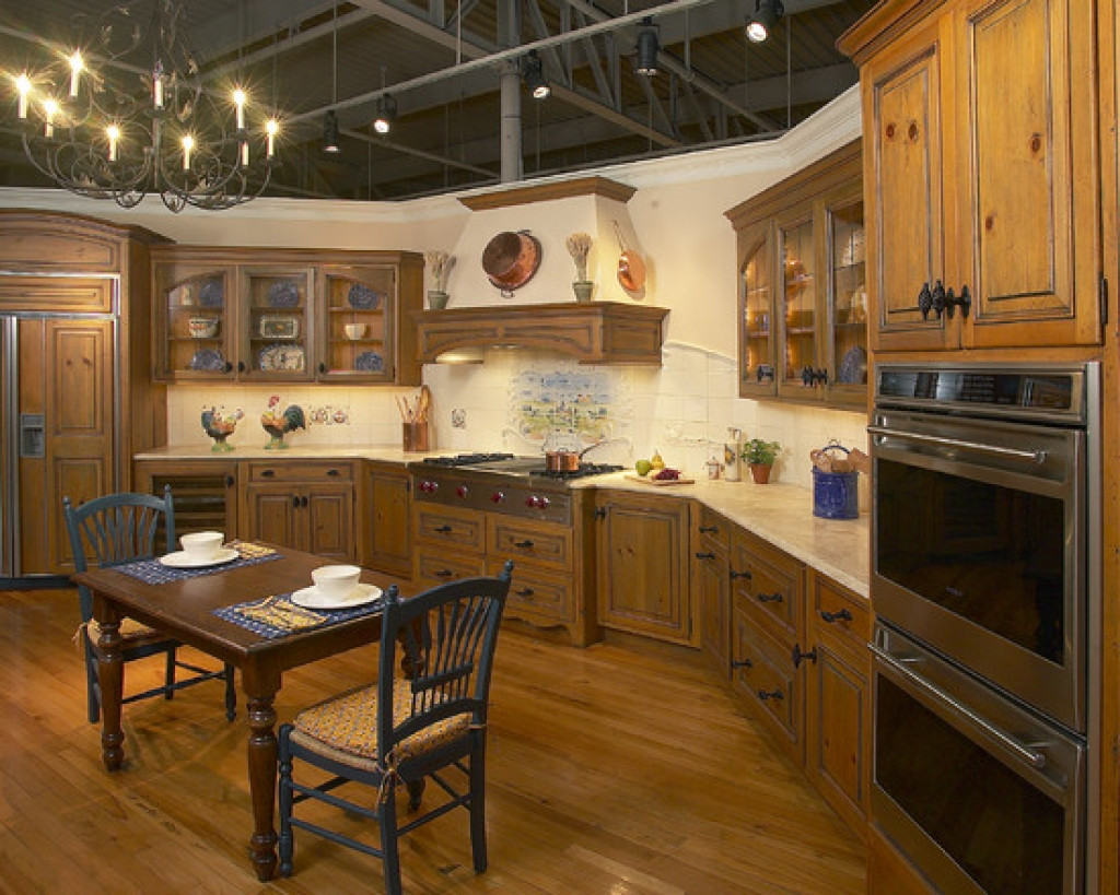Best ideas about Country Kitchen Decorating Idea . Save or Pin Tips for Creating Unique Country Kitchen Ideas Now.