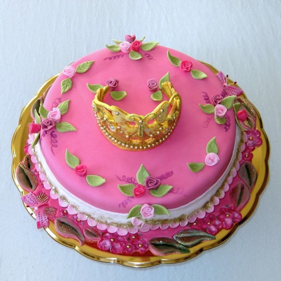Best ideas about Crown Birthday Cake . Save or Pin Birthday Cake With Golden Crown CakeCentral Now.