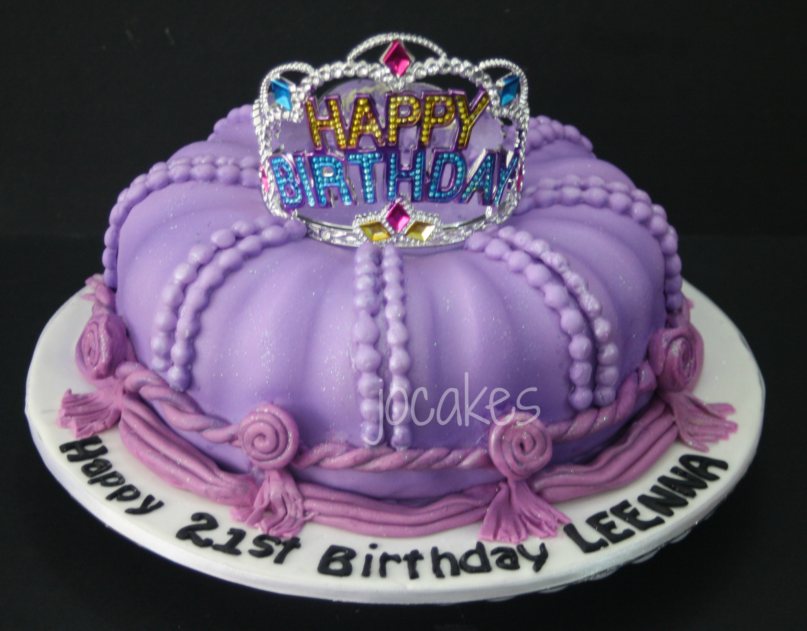 Best ideas about Crown Birthday Cake . Save or Pin Crown cake Now.