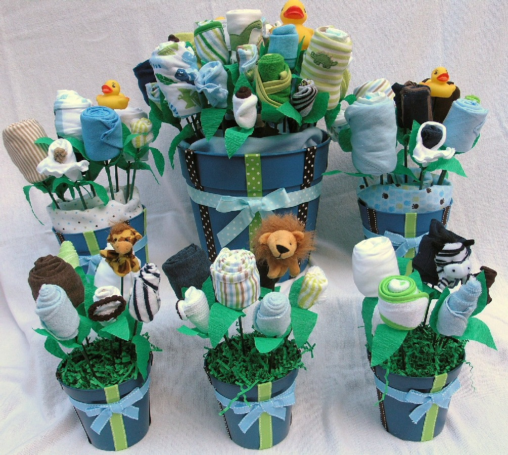 Best ideas about Cute Baby Shower Gift Ideas For A Boy . Save or Pin boy baby shower t ideas Now.