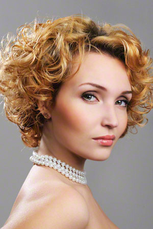 Best ideas about Cute Hairstyles For Thick Curly Hair . Save or Pin 50 Cute Short Hairstyles for Women with Thick Hair Fave Now.