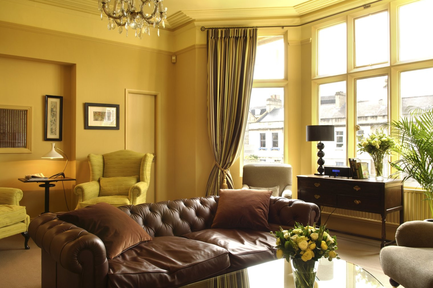 Best ideas about Decorating A Living Room . Save or Pin Affordable Ideas for Decorating Living Room Interior Now.
