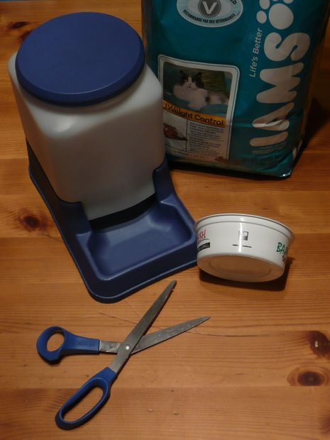 Best ideas about DIY Automatic Dog Feeder . Save or Pin Cat Powered Automatic Cat Feeder 4 Steps with Now.